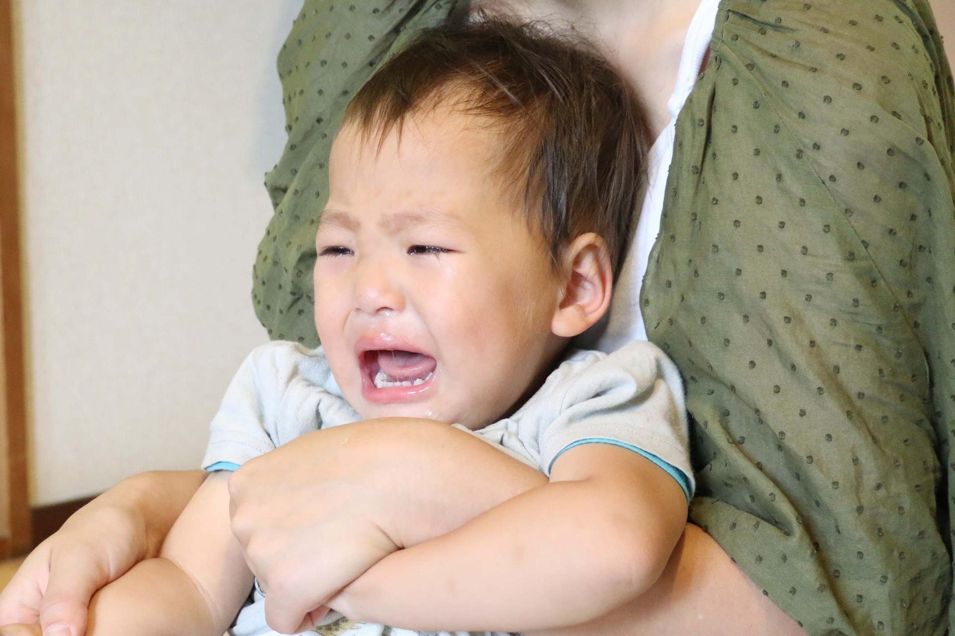 生後2ヶ月の赤ちゃん。寝かしつけギャン泣き問題を解決!
