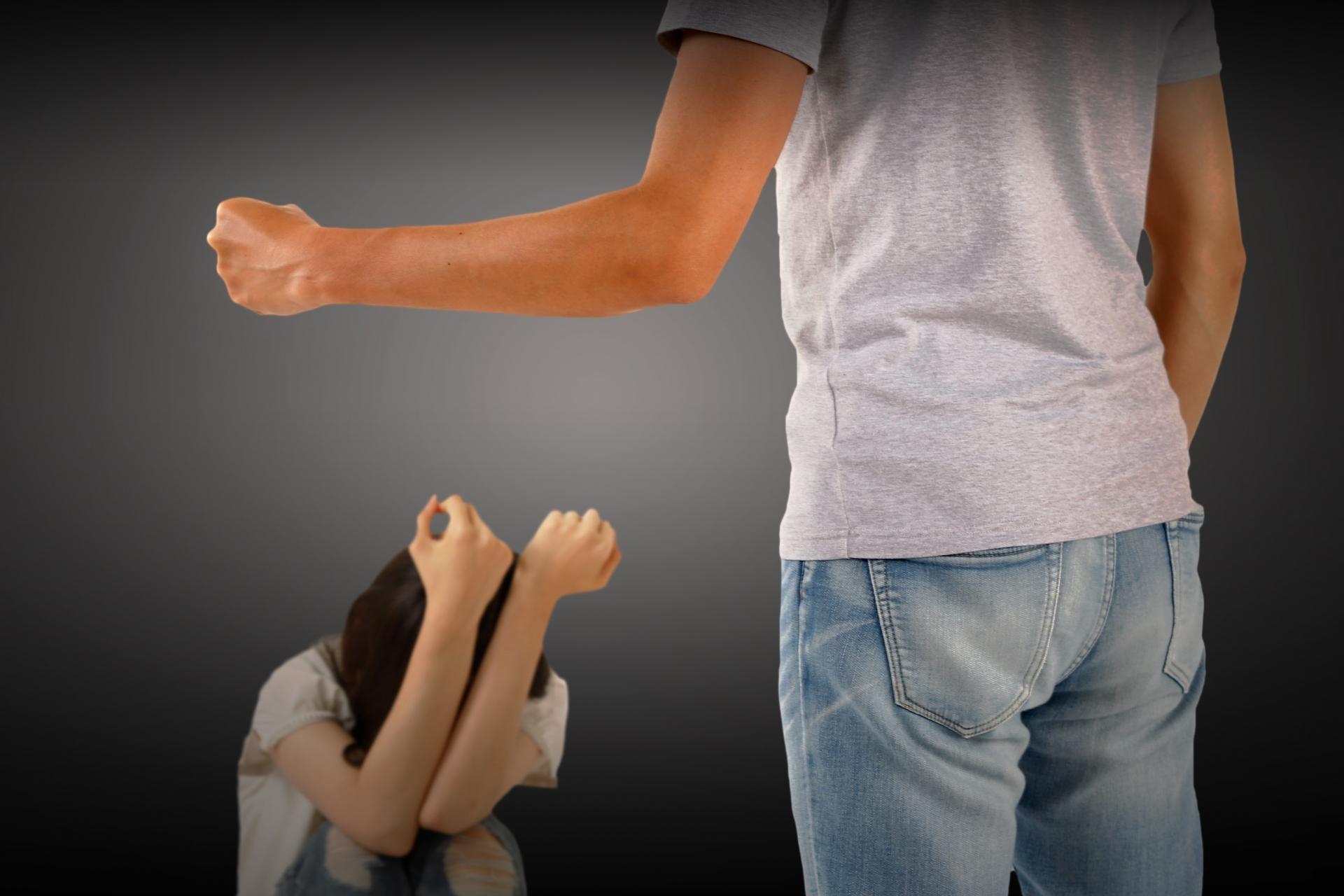 モラハラが原因で離婚。離婚後しつこい連絡や要求にうんざり!