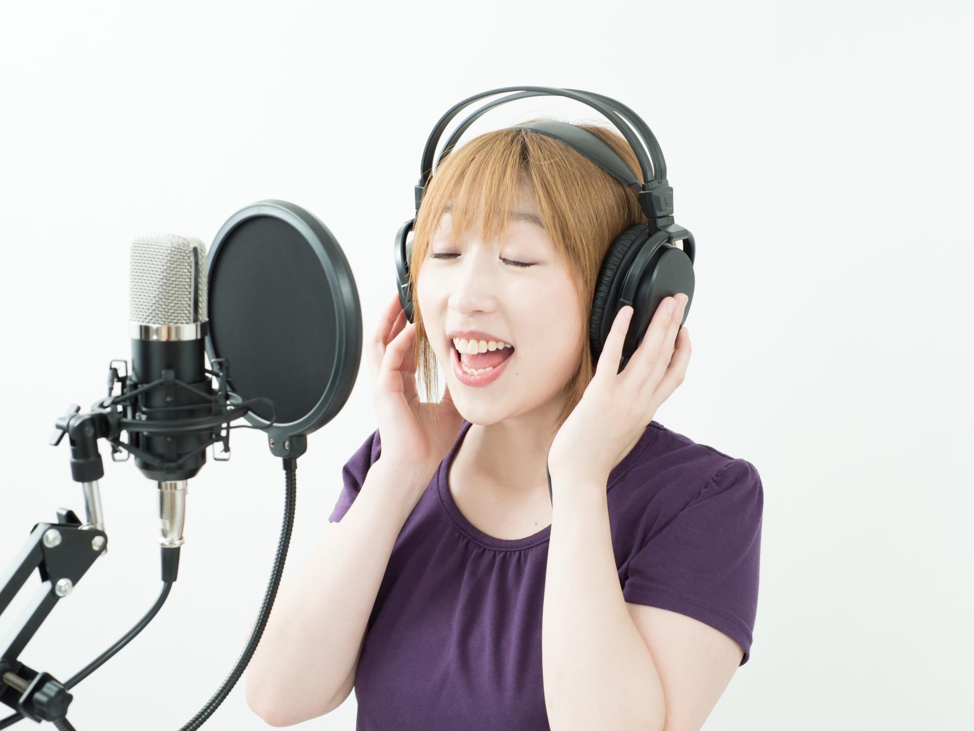 女性の低い声の出し方は?練習すれば低い声が出せるようになる!