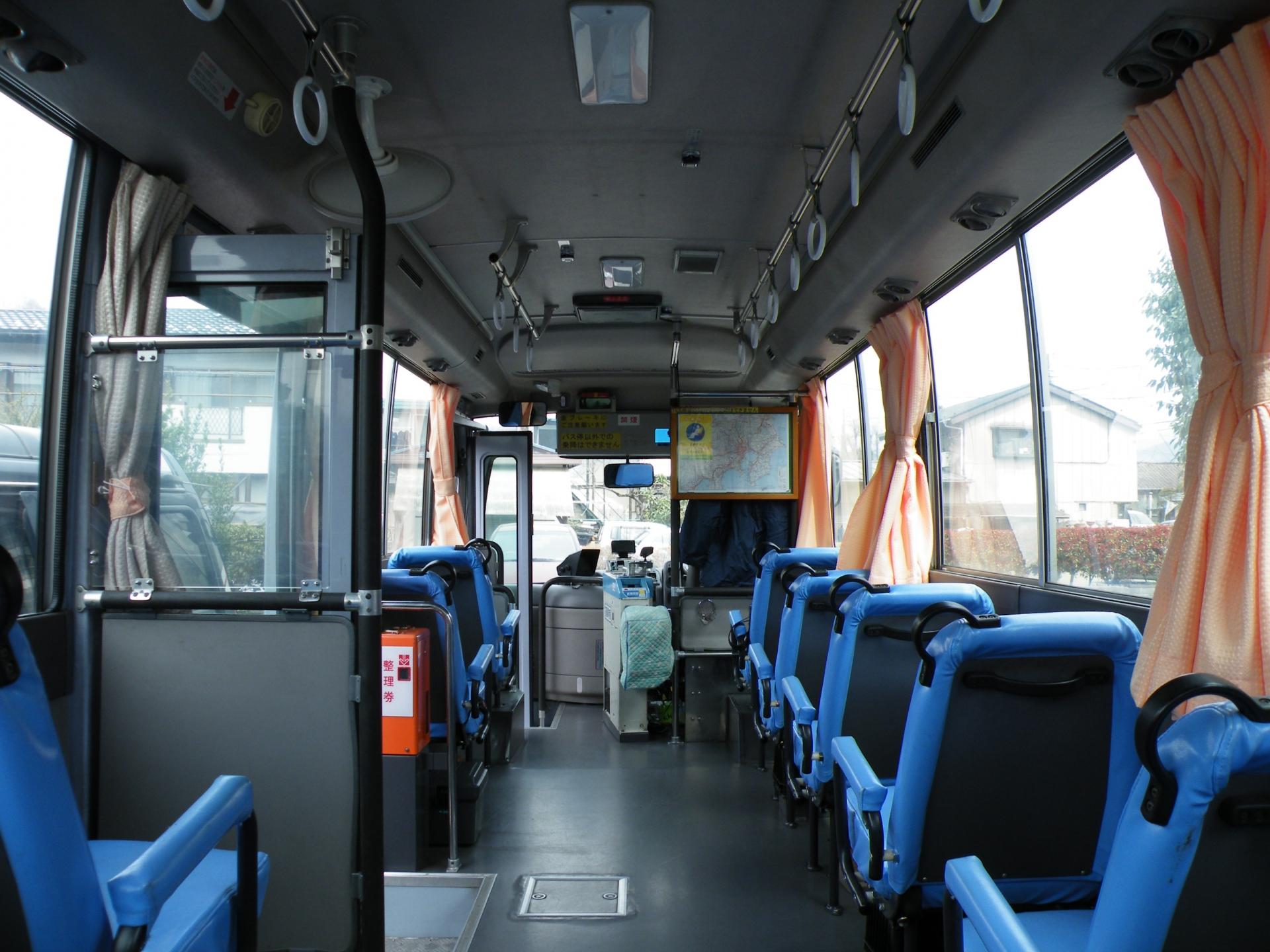 バスの利用・ベビーカーでバスに乗り降りする時のマナーと注意点