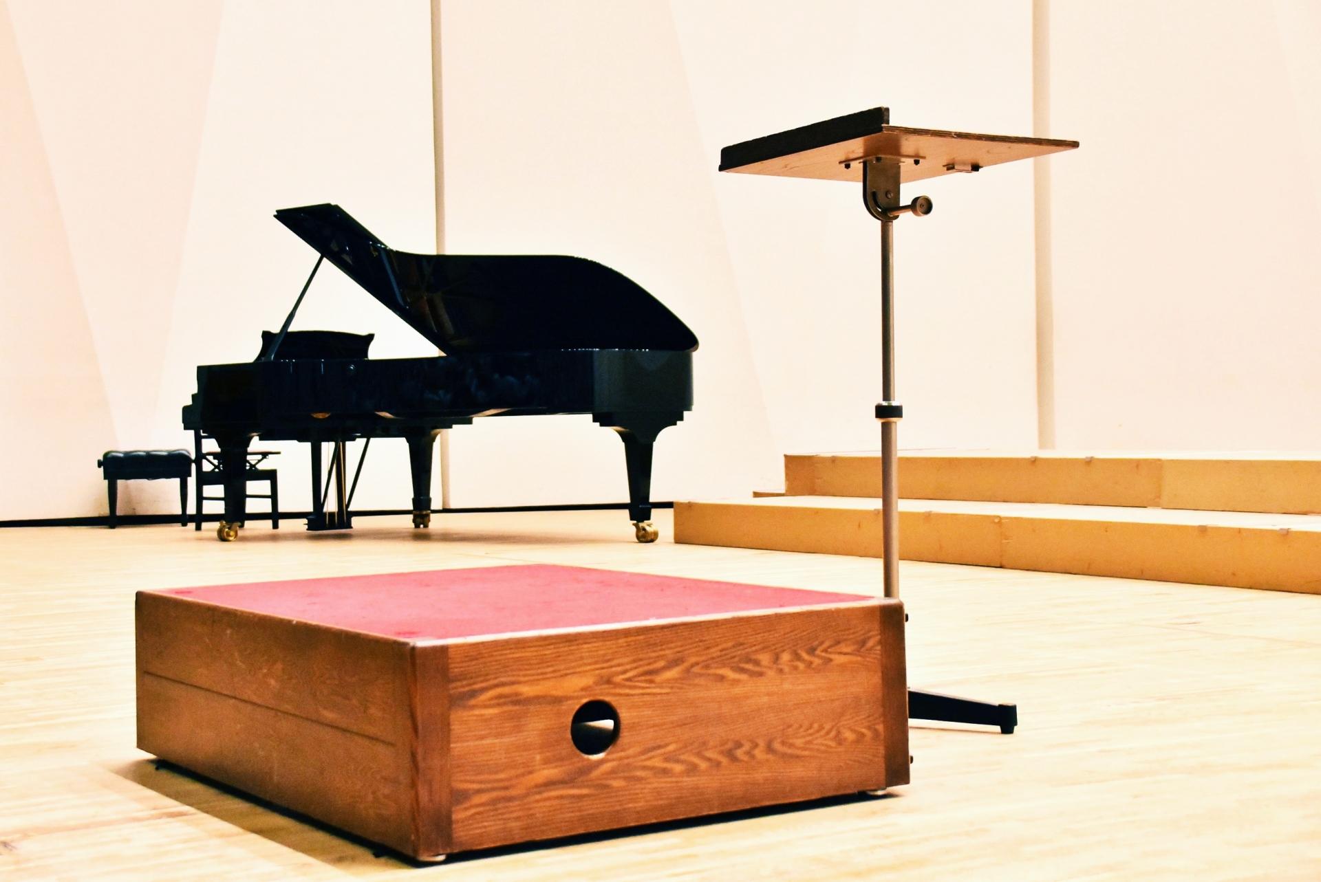 合唱の発声練習をピアノに合わせてする効果とそのポイントとは