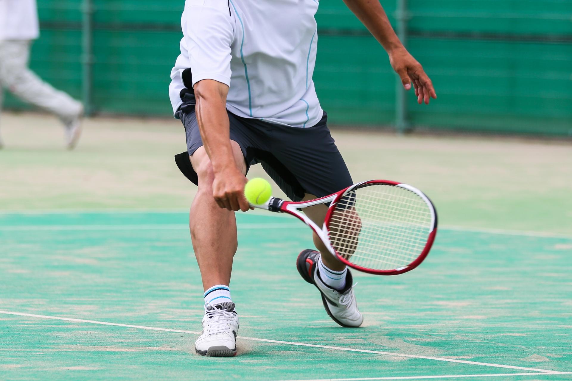 テニスの練習メニュー初心者向け!ショートラリーで距離間を掴む