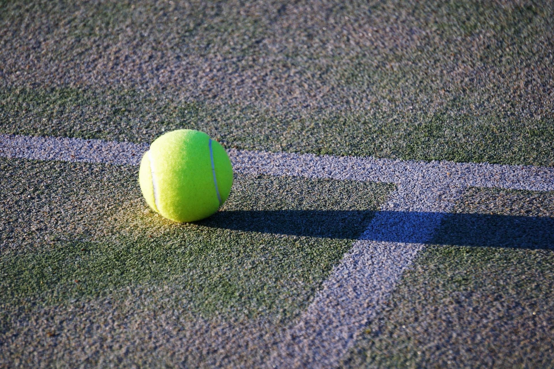 スライスをマスターしたいテニス初心者のための打ち方のコツ